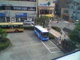 060812 「えぼし号」停留所にいたミニバス