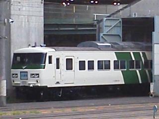 20110710 [Liner][Rail] ストライプ塗装に復元された185系A8編成@大宮駅